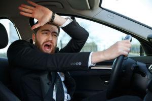 キャバクラの送りドライバーが遭遇する【トラブルと対処法】